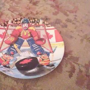 McDonald's  hockey plate